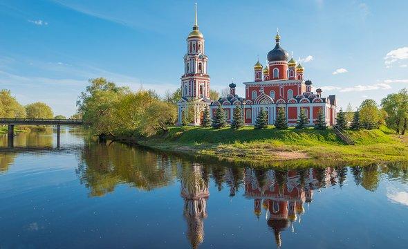 Старая Русса. Воскресенский собор. Фото: Shutterstock / Dance60