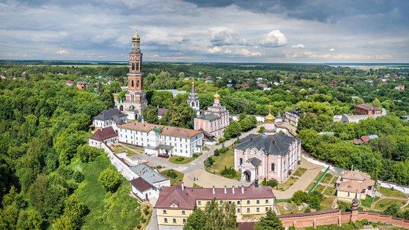 Иоанно-Богословский монастырь / Фото: Shutterstock (Sergey Dzyuba)