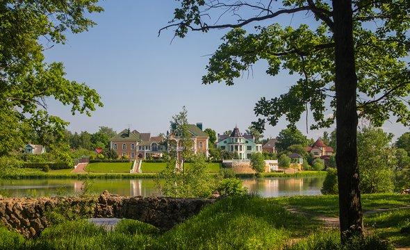 Стрельна. Орловский парк. Фото: Shutterstock / Valergun