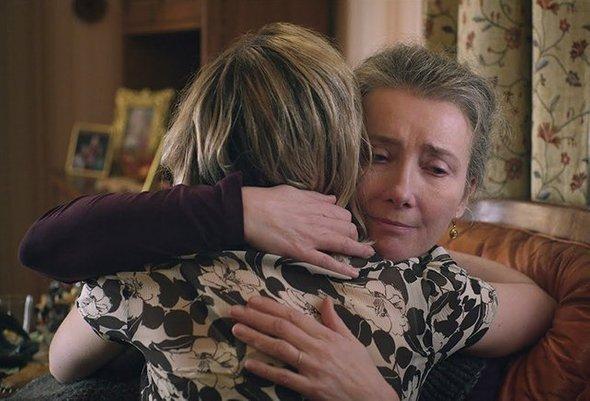 Эмма Томпсон вроли тревожной изаботливой мамы вфильме «Last Christmas»