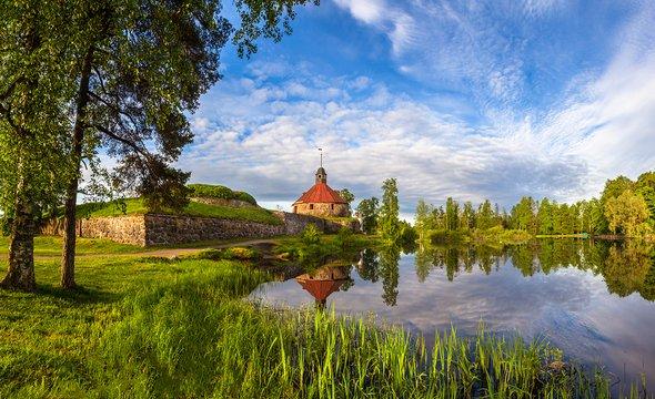 Приозёрск. Крепость Корела ирека Вуокса. Фото: Shutterstock / FOTOGRIN