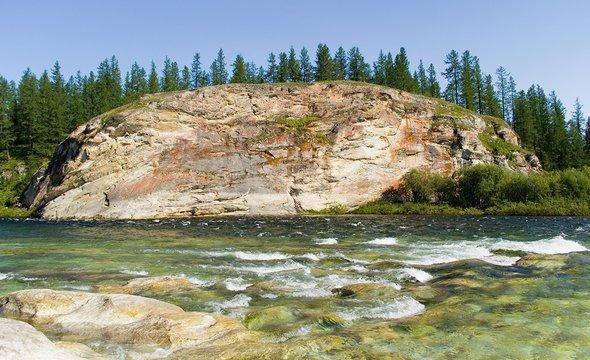 Республика Коми. Река Кожим. Фото: Shutterstock / Aleksei Peretiagin