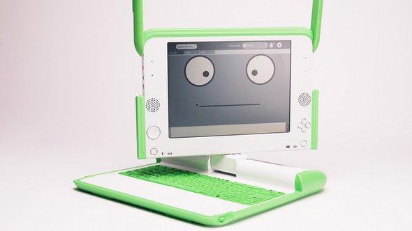 Фото: http://2.bp.blogspot.com/-SHABhHsruYk/TtixWxYZI2I/AAAAAAAAAYI/wVKh-8g6V2M/s1600/OLPC+tablet+%25281%2529.jpg