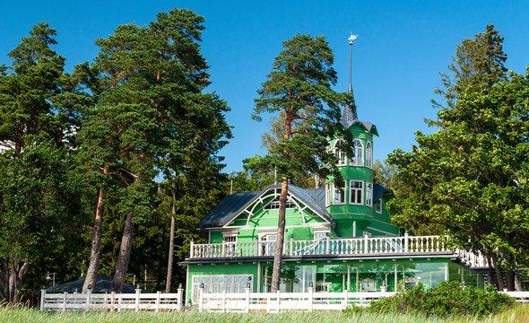 Дом впосёлке Комарово. Фото: Wikimedia Commons / Volunka