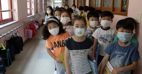 Генсек ООН заявил, что в мире около 24 миллионов детей и подростков из-за пандемии не смогут вернуться к учёбе