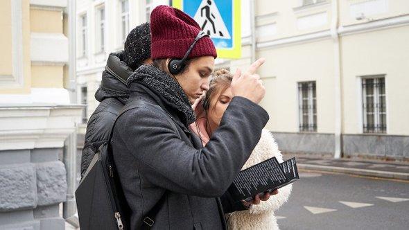 Гости спектакля «1000 шагов сКириллом Серебренниковым» Мобильного художественного театра