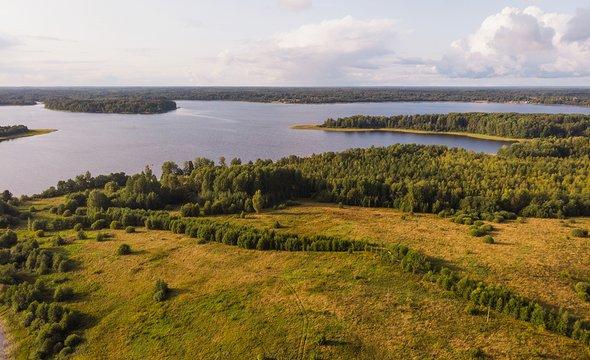 Озеро Селигер. Фото: Shutterstock / katuka