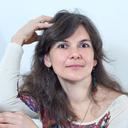 Психолог и педагог, мама троих детей, живу между Торонто и Петербургом. Работаю в Петербурге